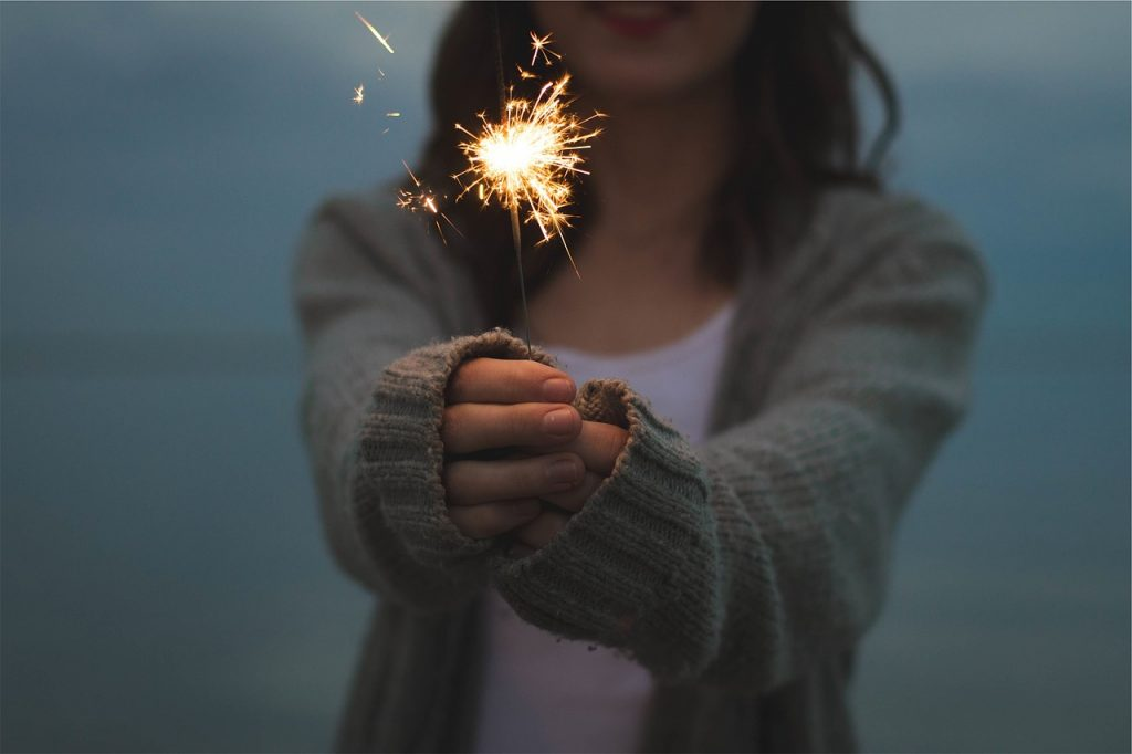 A new years resolution you can actually stick to: These parenting resolutions are practical and easy to implement for a healthy happy new year.